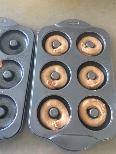 Donut mould tins